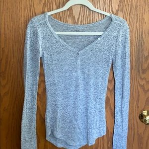 Gray 1/4 button down long sleeve top